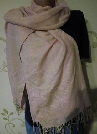 Интересный кремовый палантин шаль шарф 69 х 183 см