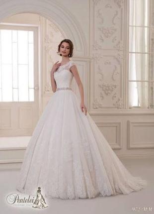 Свадебное платье,кружевное со шлейфом/весільна сукня мережево