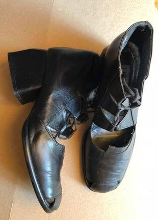Туфли lisa tucci , нат. кожа, размер 37.