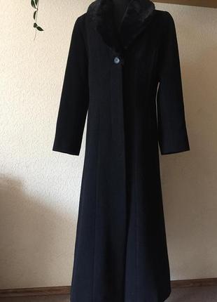 Черное шерстяное пальто-размер xl
