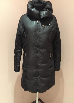 Легкое пуховое пальто marc ny