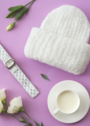 Шапка белая шерсть с отворотом банни zolly