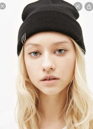 Черная шапка с пирсингом 🤩 шапочка бини с подворотом