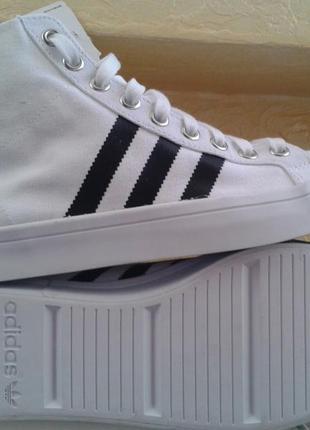 Кроссовки adidas court vantage mid eqt support ultra boost jog...