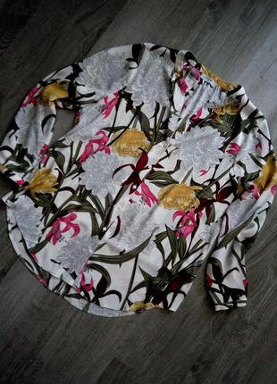 Нереально красивая нежная длинная блуза туника в цветочный при...