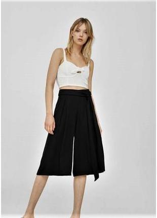 Базовые чёрные широкие брюки-кюлоты- палаццо mango