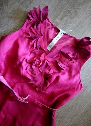 Платье с v вырезом, пояском цвета фуксии 100% лён marks & spen...