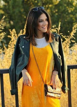 Велюровое бархатное жёлтое платье на тонких бретелях от zara🔥