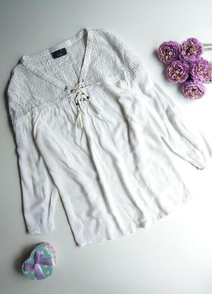 Блуза yessica, украшена кружевом