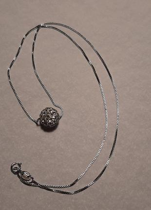 Цепочка с подвеской, шарик в камешках, камушках, серебро 925