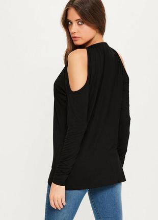 Wow sale!  черная блуза с открытыми плечами и декором от missg...
