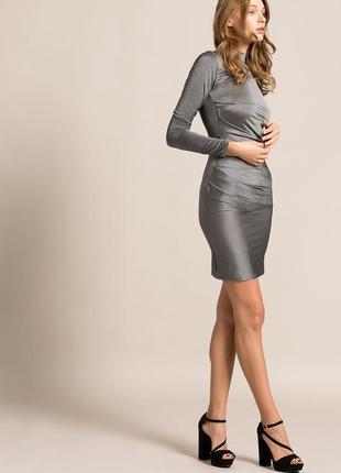Скидка до 3️⃣1️⃣.0️⃣1️⃣!  серебристое платье с драпировкой от ...