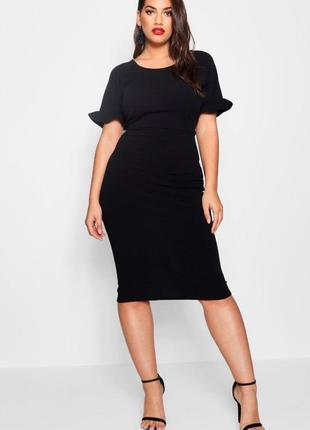 Черное платье миди, по фигуре от boohoo размер 22uk