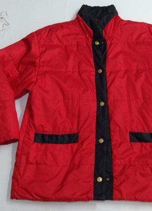 Красная куртка на кнопках осень - зима 50