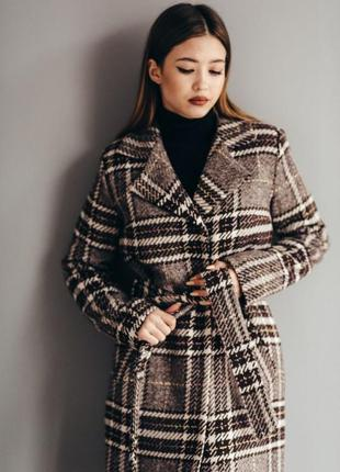 Зимнее шерстяное пальто в клетку