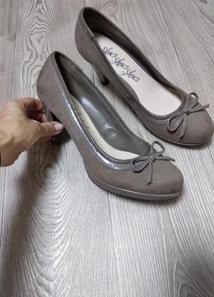Туфли с бантиком цвета капучино