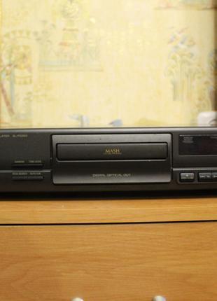 Hi-Fi CD-плеер Technics SL-PG 390