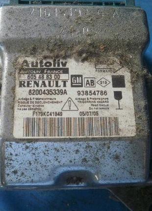 Блок управления airbag подушек безопасности на Renault Trafic ...