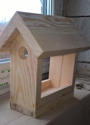 Кормушка, годівничка, домік для птиц, пташок