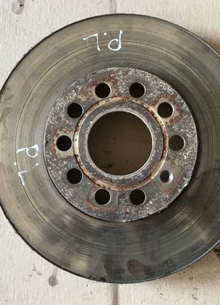Передний тормозной диск Skoda Octavia A7 Шкода Октавия А7 1.6TDI