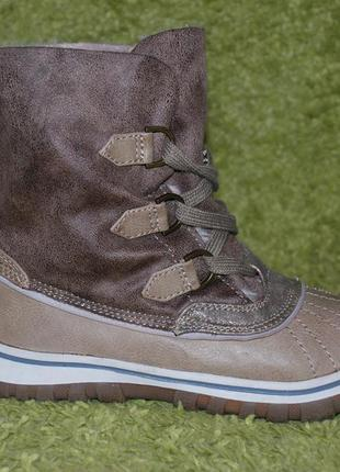 Женские ботинки бренда cube