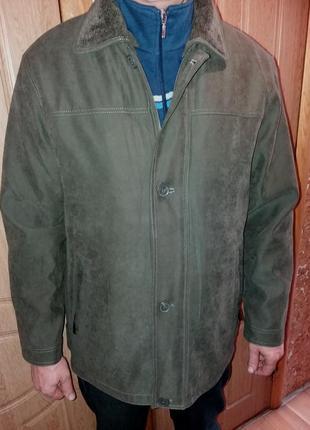 Шикарнейшая новая зимняя куртка на подстежке,54-56разм.