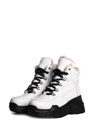 Хит сезона! кожаные женские зимние массивные белые ботинки на ...