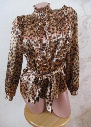 Блуза с рюшами атласная с поясом/леопардовая/принт/s-xs
