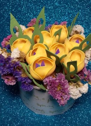Искусственные цветы ручной работы