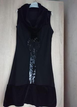 Черное платье паетки крупные