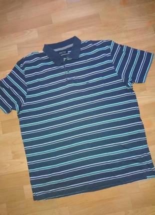 Полосатая мужская футболка поло