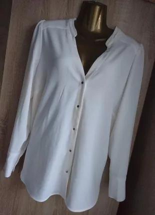 Белая блуза рубашка на кнопках