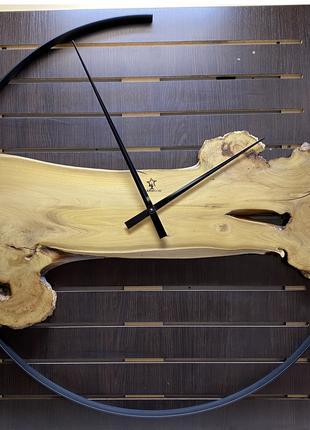"""Эксклюзивные настенные часы """"Duke""""100 см Акация каповая"""