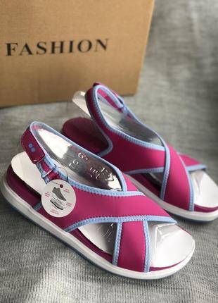 Спортивные босоножки, сандалии бренд ryka