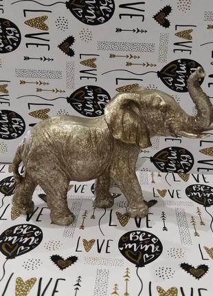 Статуетка слон
