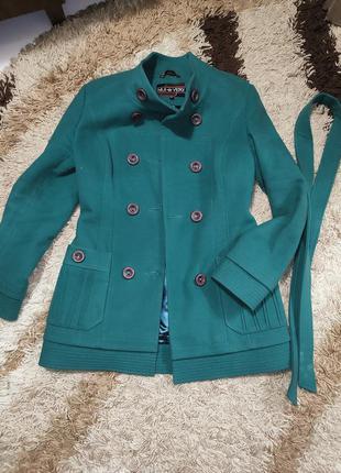 Шерстяное пальто теплое