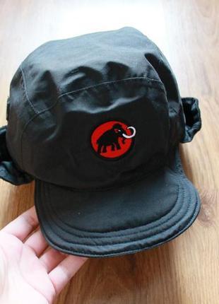 Надежная теплая кепка с ушами шапка туристическая на зиму флис...