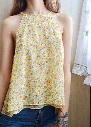 Миленькая блузка в цветочный принт zara