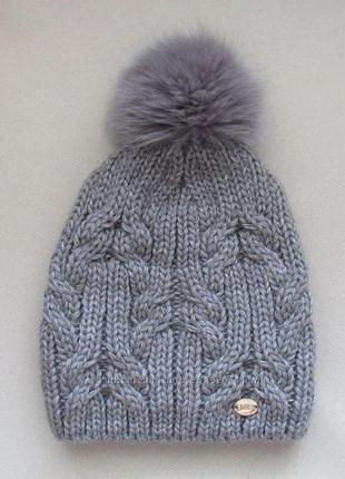 Зимняя шапка натуральный помпон
