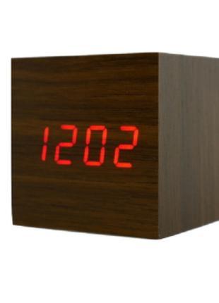 Электронные настольные часы в виде деревянного бруска LED WOOD...