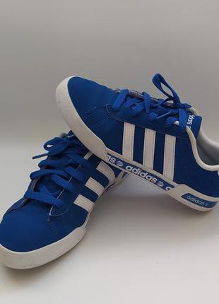 Хорошенькие кроссовочки фирмы  adidas neo  на размер 34 uk 2