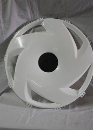 Колпак задний пластиковый 22,5 белый P2201F для грузовиков