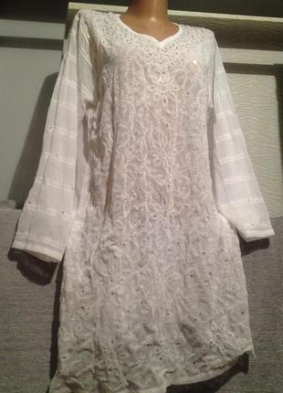 Оригинальная белая туника с паетками.180