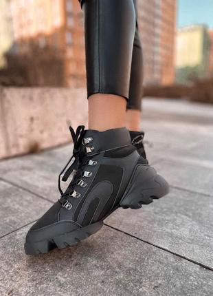 Шикарные женские зимние хайповые кроссовки на очень тёплом меху 😍