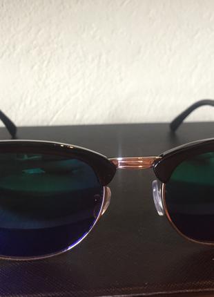 Солнцезащитные очки в стиле Ray Ban Clubmaster зеркальный
