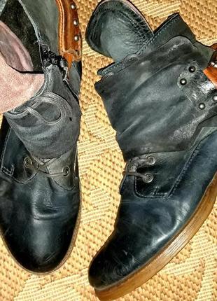 Оригінальні шкіряні черевики типу airstep