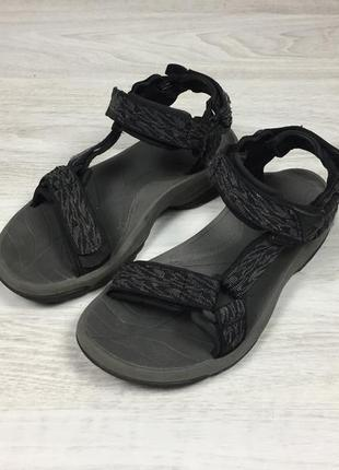 Крутые треккинговые сандалии teva terra fi s/n 1001473