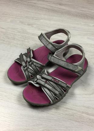 Красивые детские сандалии босоножки teva для девочки!