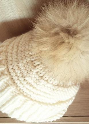 Эксклюзивная шапка с натуральным помпоном!