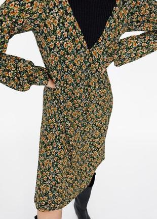 Платье миди в цветочный принт zara